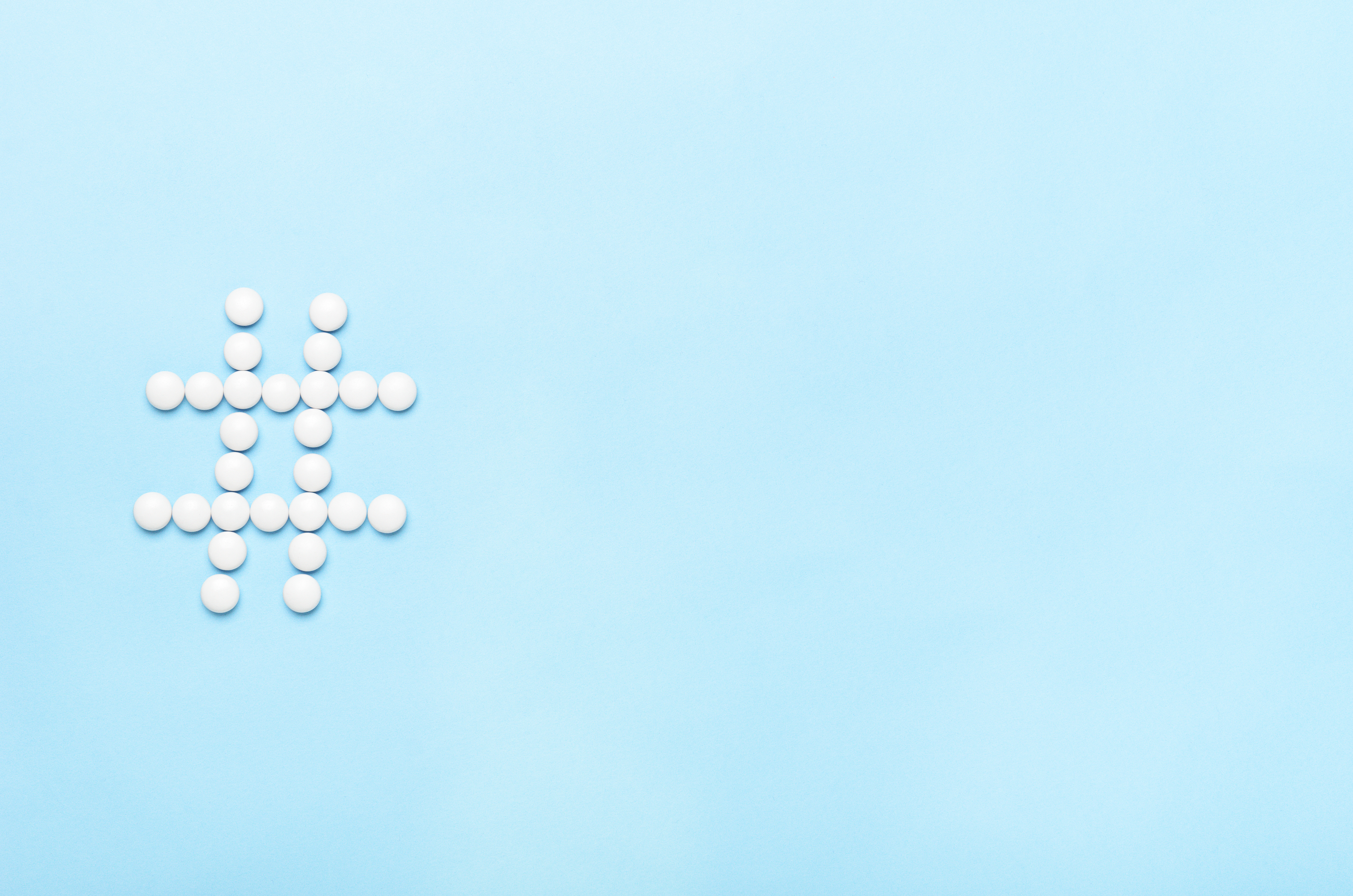 How do the top 5 pharma brands communicate on Twitter, and how do they compare?